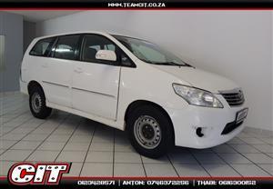 2013 Toyota Innova 2.7 8 seater
