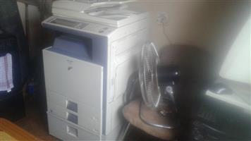 Multifunctional printing machine