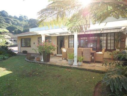 Townhouse  For sale in Assagay