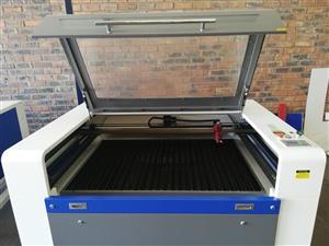 Co2 Laser Cutting & Engraving Machine