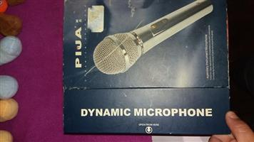 Dynamic microphone for sale