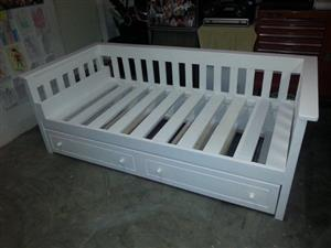 Daybed +UnderBed