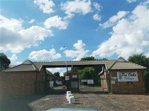 2 Bedroom 1 Bathroom 1 Garage Sunairpark Brakpan