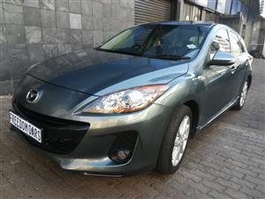 2014 Mazda 3 Mazda 2.0 Dynamic