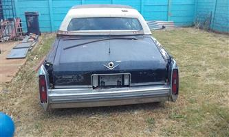 1980 Cadillac Stripping for Spares call me for price on what you may need