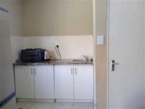 Kensington B Randburg open plan small garden cottage to rent for R3500 all incl