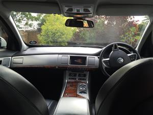 JAGUAR XF FACELIFT AND PREFACELIFT INTERIOR  R 1