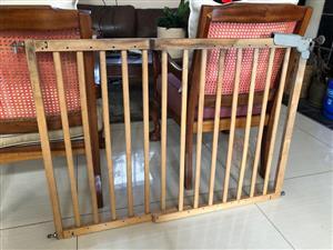 Solid beechwood Indowoods Baby / Pet Swing gate - adjustable to 114cm