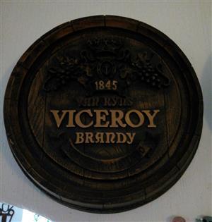 2 Barrel Ends for a bar, Viceroy and Capt Morgan (Clock).