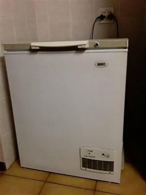 BOX TYPE FREEZER