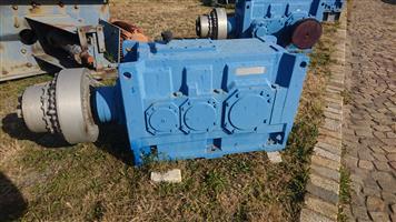Flender gearbox 98 kW, Ratio 70 (Refurbished)