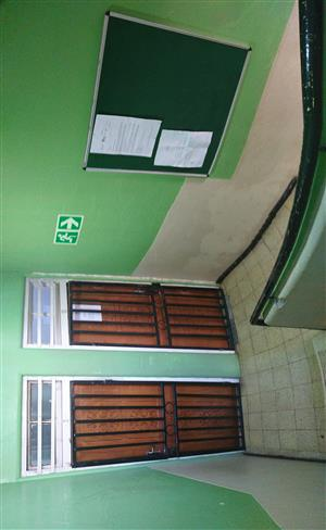 Room to Let - Yeoville