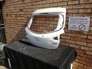 Mazda 2 Tailgate