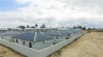 Cleean 3 Bedroom Duplex in Brackenfell Central for rent