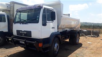 Man 18-224k 6cub tipper truck
