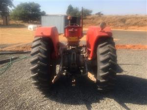 MF 185 tractor