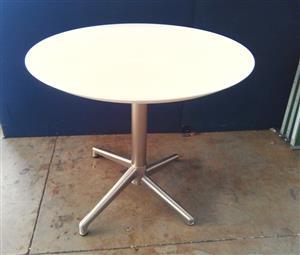 Foldable Table ulubase