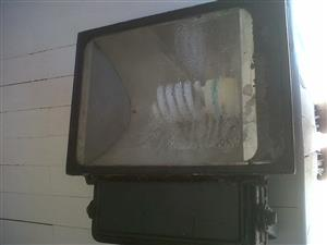 Large outdoor security lights for sale +-18 of them Meyerton area