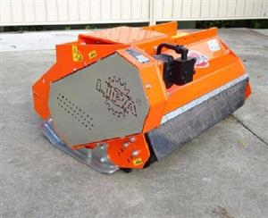 LIPA EXCAVATOR MULCHER MOWER AND OTHER FARM MACHINES