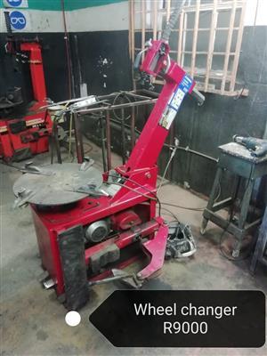Tyre workshop equipment
