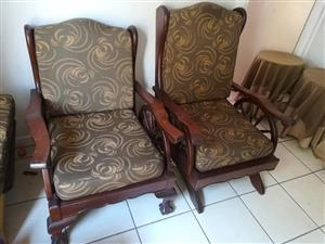 Embuia Ball and Claw Wagon Wheel 7 Piece Lounge suite