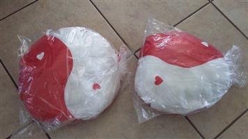 BRAND NEW VALENTINES CUSHIONS FOR SALE