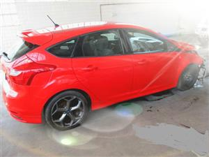 FORD FOCUS ST 2.0  STRIPPING FOR SPARES