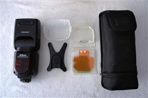 Nikon SB-900 Speedlight flash for Nikon SLR