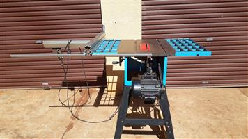 Woodworking Saw Machine