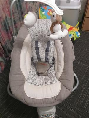 Chelino lallaby electronic baby swing