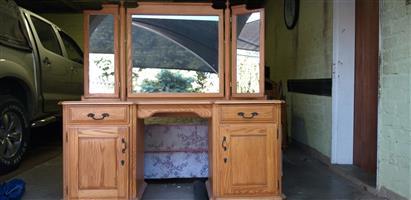 Solid oak bedroom suite