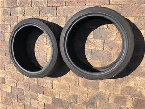 Tyres 225x40xR19