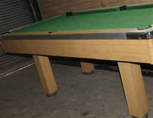 S033589B Pool table with cue balls and sticks #Rosettenvillepawnshop