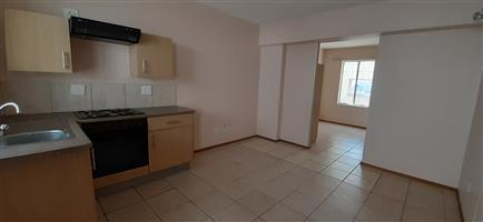 Bachelor Apartment Minutes Away From Braamfontein