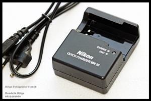 Nikon MH-23 Battery Charger