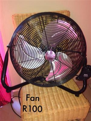 Black desk fan for sale