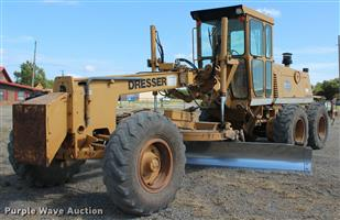 Grader D T550 dresser with a 5 pin Rear ripper, Ready To Work