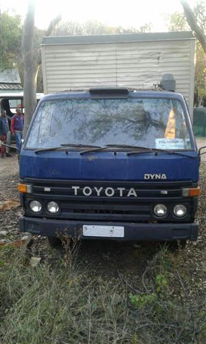 4sale Toyota dyna truck
