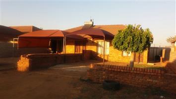 2 bedroom house for sale in Soshanguve