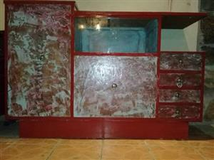 Retro side board freshly painted price is Negotiable