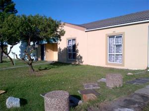 House forsale in Ottery near Grey Mosque R1950 000.00