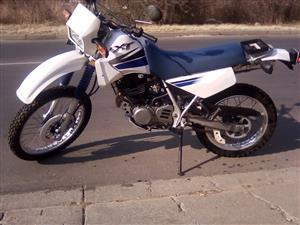 2000 Yamaha XT