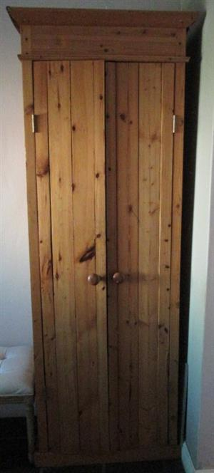 oregon pine cupboard
