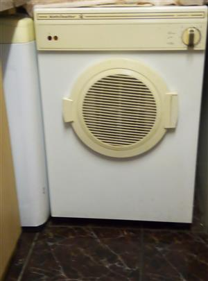 kelfinator tumble dryer