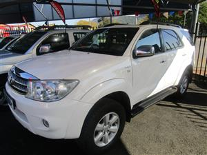2011 Toyota Fortuner 2.5D 4D auto