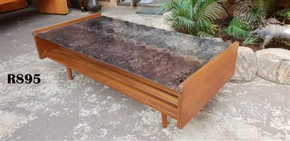 Teak Coffee Table (1211x600x390)