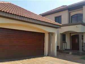 Stunning Double storey Tuscan house to rent in Montana Park.