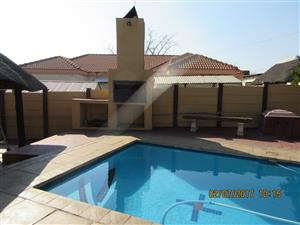 Neat, Modernised 3-Bed House in West Park, Pretoria
