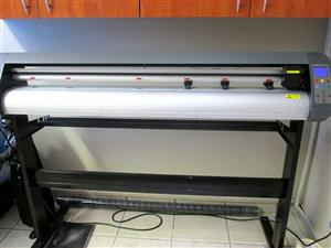 R345/m V3-1667 AM Equipments Rental: V-Smart Plus Automatic Contour Cutting Vinyl Cutter