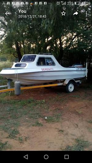 Cabin fishing boat